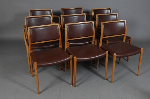 N.O. M�ller/ J.L. M�ller. Set of 6 dining chairs model no.80, 1 armchair model no.65. Teak/ brown leather. Nice condition. Armchair can be sold seperately.