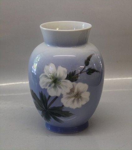 Worldantique Royal Copenhagen Rc 2667 36 Vase 17 Cm With White