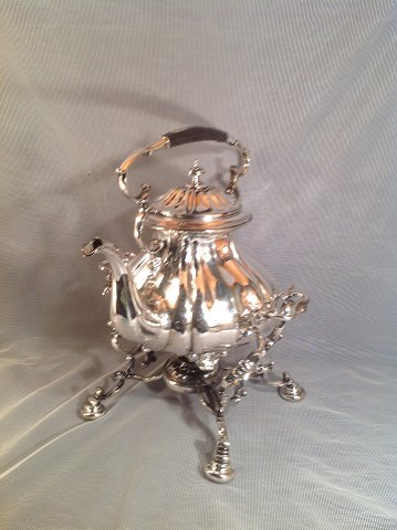 Big beautiful tea kettle. Swing Boiler silver plated, fluted body, the associated condition with burns. 1930s. Height incl. stand and hanger 35 Contact for price