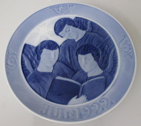Royal Copenhagen Christmas Plate 1922