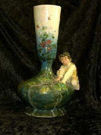 Porcelain: Vase. Proviens: Ålholm Castle nr.63-6 Probably made of Kähler missing fod anno years 18570-90 ( Sertifikat from Ålholm Castel included.