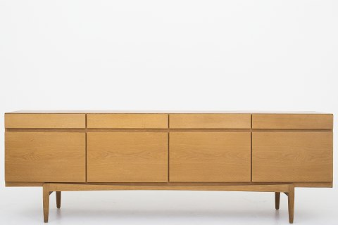Ib Kofod-Larsen/Faarup Møbelfabrik FA 66 - Sideboard in oak. 1 pc. in stock Good, used condition. Location: Roxy Klassik Showroom - Jorisvej 11, 2300 KBH. S
