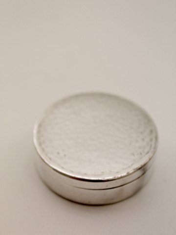 Pill box in silver plated