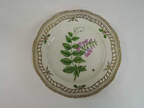 Royal Copenhagen Flora Danica Lunch plate # 3554