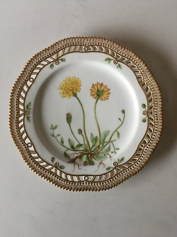 Royal Copenhagen Flora Danica Luncheon Plate with Pierced Border No. 20/3554
