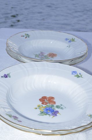 Royal Copenhagen porcelain Leight Saxon Flower, Small deep plates # 1614