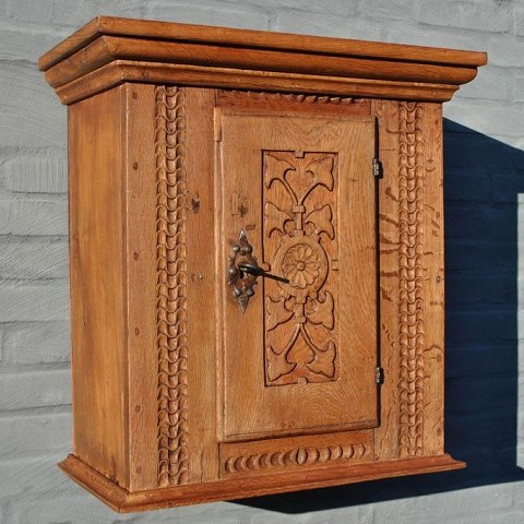Renaissance cabinet in oak, around 1700. Denmark.