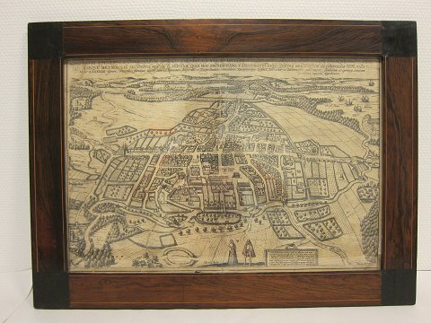 "Print Odense in 1560 In the beautiful, original empire mahogni frame Please note: The special text at the back ""OTONIUM"" in latin/greek language L: 59cm, W: 44cm"
