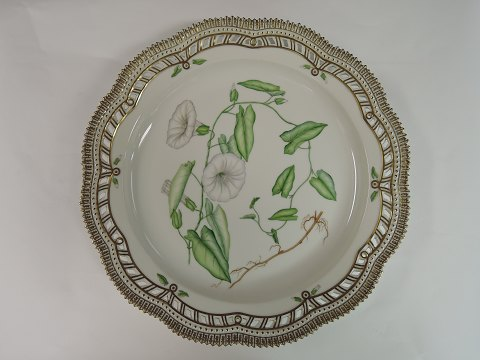 Royal Copenhagen flora Danica round serving plate with open-work border. # 3528