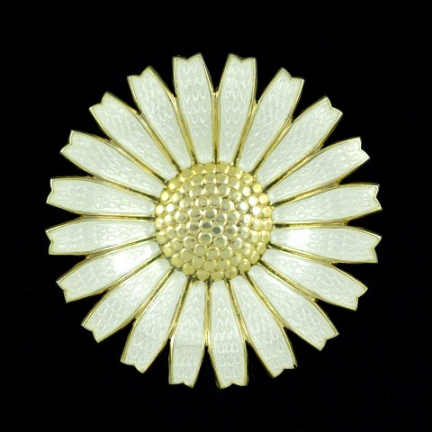 A. Michelsen. Gilded Sterling Silver Daisy Brooch with White Enamel. 43mm