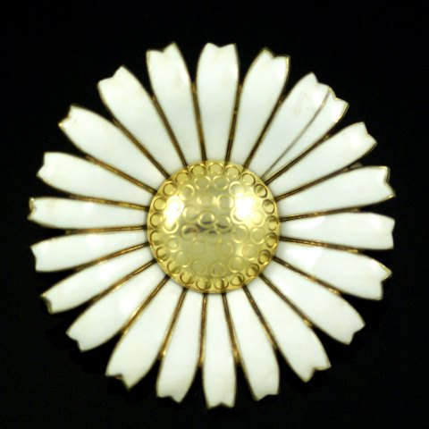 A. Michelsen. Gilded Silver Daisy Brooch/Pendant with Yellow Enamel. 50mm