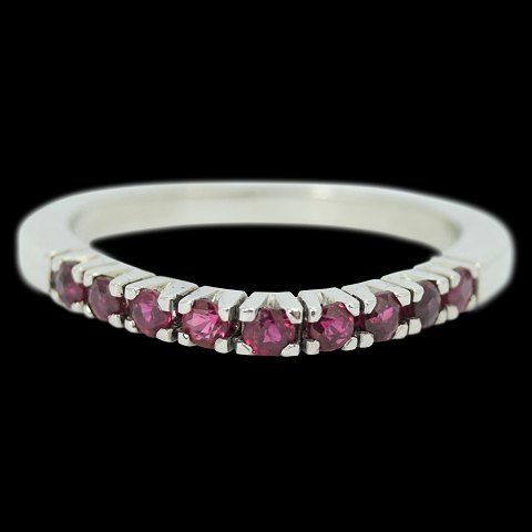 42651d6c9e3 Ole Lynggaard; A ruby ring mounted in 14k white gold