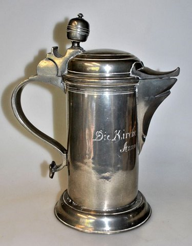 Alter pitcher in pewter, 1779, Germany.