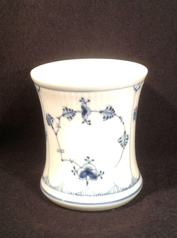 Worldantique blue fluted plain vase cup royal blue fluted plain vase cup royal copenhagen rc 1 2157 height 95 cm price usd 69 reviewsmspy