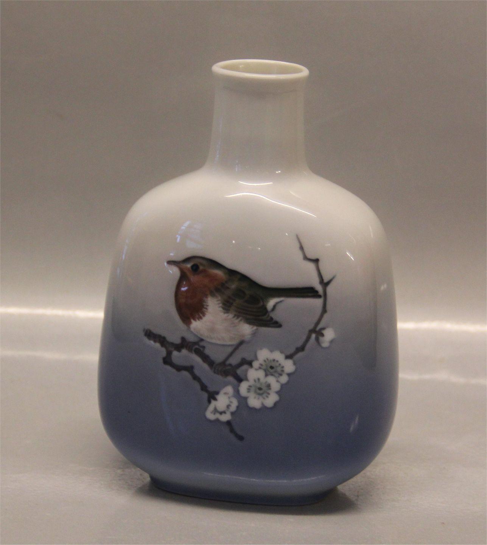 Worldantique royal copenhagen 4879 rc vase with robin 15 cm royal copenhagen 4879 rc vase with robin 15 cm reviewsmspy