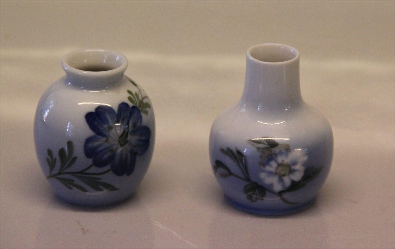 Worldantique royal copenhagen miniature vases 2800 1259 vase royal copenhagen miniature vases 2800 1259 vase with blue flower 6 cm reviewsmspy