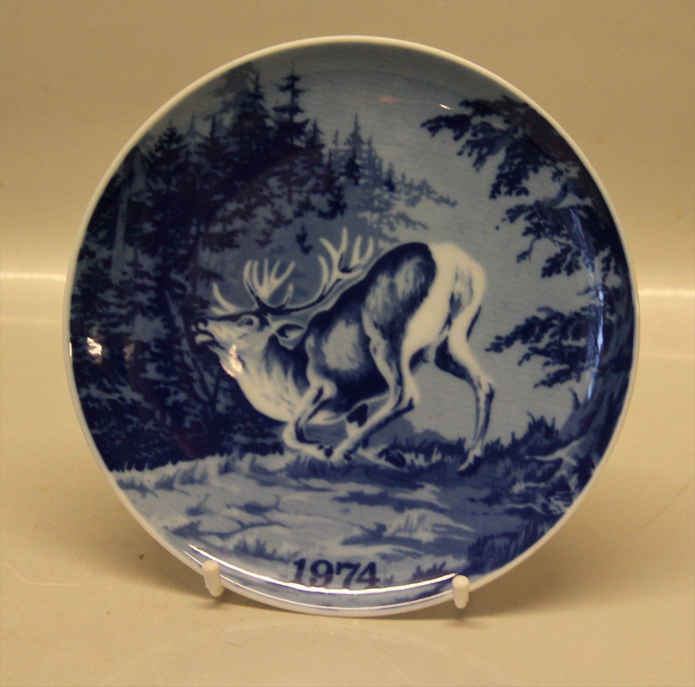 Tove Svendsen Denmark Blue Game Plates with Nordic wild Animals SEE LIST