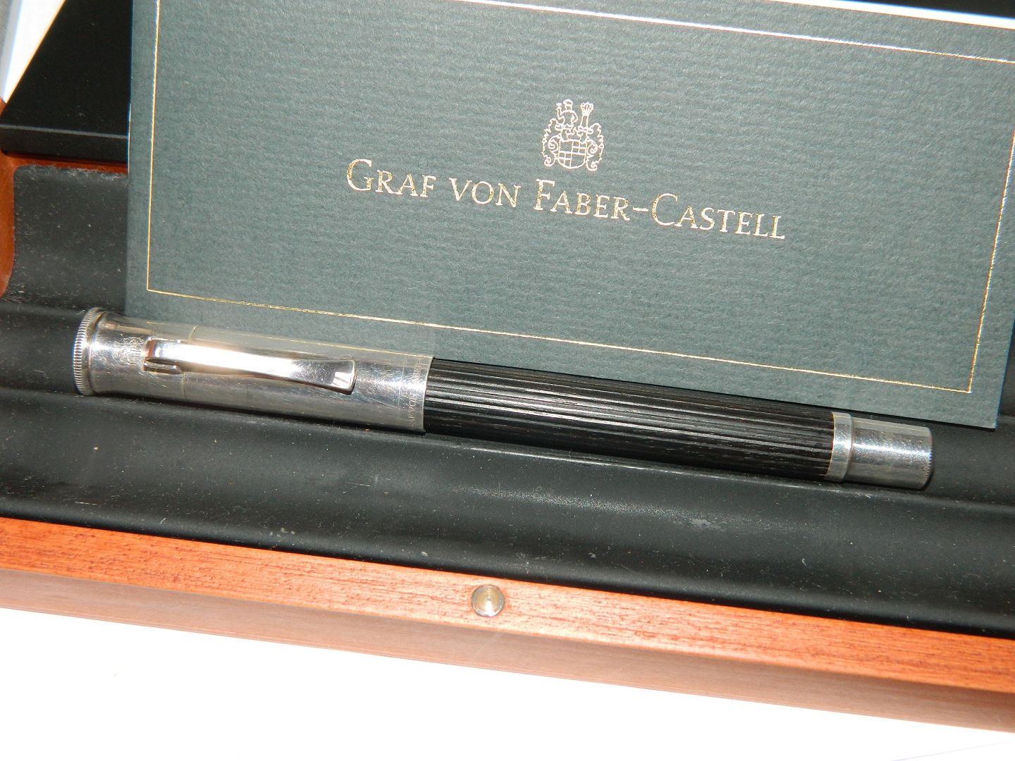 graf von faber castell fountain pen in grenadilla wood. Black Bedroom Furniture Sets. Home Design Ideas
