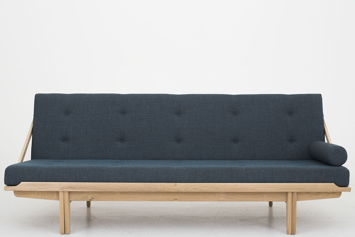 daybed. Daybed In Oak With Cushions Clara 2, 884 From Kvadrat. Condition: New Availability: 6-8 Weeks