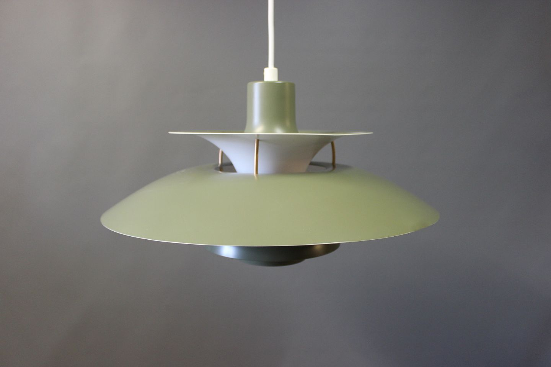 Utmerket WorldAntique.net - PH5 lamp in Army Green designed by Poul GX-43