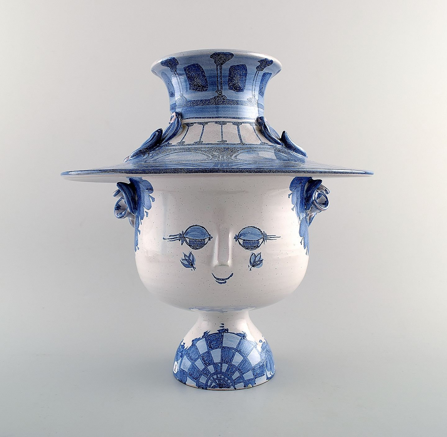 Worldantique large bjrn wiinblad the blue house figure large bjrn wiinblad the blue house figure with lid in form of a hat by bjorn wiinblad reviewsmspy