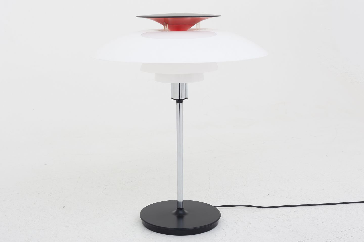 Worldantique poul henningsen louis poulsen ph 80 table poul henningsen louis poulsen ph 80 table lamp with acrylic shade and black foot 1 pc in stock good condition location klassik flagship store mozeypictures Choice Image
