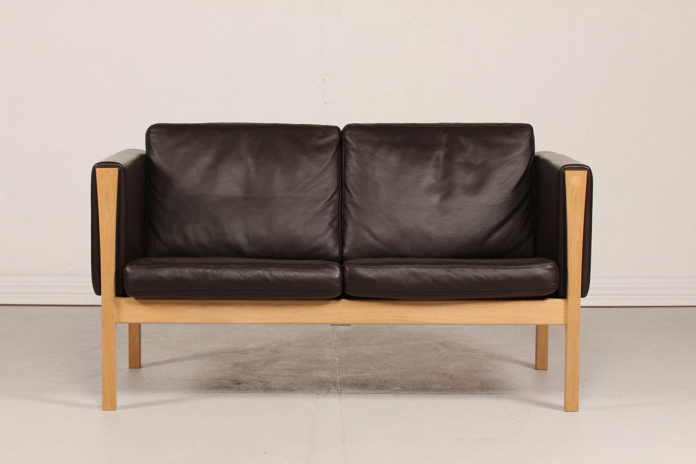 Hans J Wegner Sofa Ch 162 Oak Moccabrown Leather
